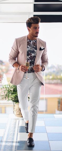 7 Outfit Layering Ideas For Men's Everyday Styling outfit layering men Stylish Mens Fashion, Best Mens Fashion, Suit Fashion, Womens Fashion, Style Casual, Men Casual, Blazer Outfits Men, Mode Costume, Mein Style