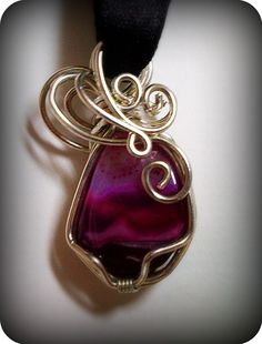 Reversible Agate Wire Wrap Pendant