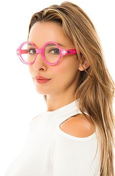 The Bell Popo Sunglasses in Bubble Gum Pink #quay #optical #pink