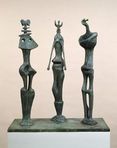 "Henry Moore - ""Three Standing Figures"""