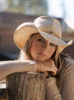 Google Image - Cowgirl Senior Picture