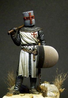 Templar Knight by Massimo Pasquali · Putty&Paint Knights Hospitaller, Knights Templar, Knight In Shining Armor, Knight Armor, Military Figures, Military Diorama, Memorial Museum, Military Modelling, Medieval Knight