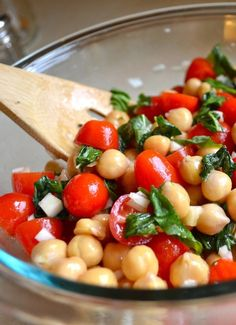 Tomato & Chickpea Salad by Rachel Schultz - A filling salad you can take for lunch that'll fill you up!