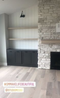 Fireplace Built Ins, Home Fireplace, Fireplace Remodel, Living Room With Fireplace, Fireplace Design, Fireplaces, Fireplace Stone, Fireplace Shelves, Living Room Built Ins