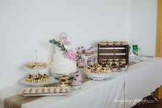 Times New Roman, Place Cards, Place Card Holders, Wedding