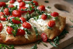 cherry-tomato-and-goat-cheese-focaccia = the best. Whats Gaby Cooking, Fun Cooking, Pizza Recipes, Cheese Recipes, Vegan Recipes, Yummy Appetizers, Cherry Tomatoes, Food For Thought, Love Food
