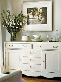 redo an old piece Dining Room Server, Dining Room Sideboard, Dining Room Blue, French Country Dining Room, Hamptons Style Homes, Homemade Home Decor, Custom Home Designs, Small Space Living, Furniture Inspiration