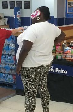 40 Hilarious People of Walmart That are on Another Level Page 3 of 8
