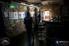 """Future's Paradise – junge Kunstschaffende im Palais Kottulinsky   """"Junge steirische Kunst"""" gibt es in diesen Tagen – Achtung, die Ausstellung läuft nur noch bis Sonntag, den 18. September!! - im Palais Kuttulinsky zu sehen. Über die Berufsvereinigung der Bildenden KünstlerInnen Steiermark waren junge Kunstschaffende zwischen 16 und 35 Jahren dazu eingeladen, ihre Werke einzureichen.  #Bilder #FuturesParadise #jungeKunstschaffende #PalaisKottulinsky #JungesteirischeKunst #Ausstellung"""