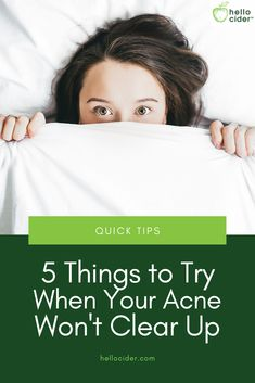 Tips to Fight Acne Stubborn acne is hard to get rid of. Here are five simple tips to fight acne that you may not have tried yet! Acv For Acne, Vinegar For Acne, Body Acne, Acne Skin, Clear Skin Tips, Acne Solutions, Toner For Face, All Natural Skin Care, Hormonal Acne