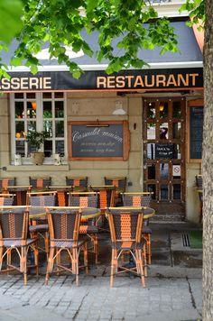 La Chaumière en l'Île.  rue Jean du Bellay. Île Saint-Louis. \\ Paris . France