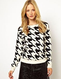 Knitted Houndstooth Sweater
