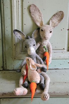 carrot lovers by swig - filz felt feutre, via Flickr                                                                                                                                                           carrot lovers                              ..