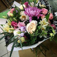 Якщо ви хочете вразити вашу близьку чи кохану людину, або ж хочете просто підняти їй настрій та подарувати посмішку, вам потрібно зайти на www.deliveryflower.com.ua та замовити букет із безкоштовною доставкою по Львову!!! #квітильвів #доставкаквітів #букетильвів