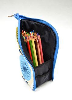 Estojo em pé tutorial - ikat bag: Zip A Bag Chapter Zippered Marker Pouch Pencil Case Pattern, Pencil Case Tutorial, Zipper Pencil Case, Diy Pencil Case, Zipper Pouch Tutorial, Pouch Pattern, Pencil Pouch, Purse Tutorial, Tutorial Sewing