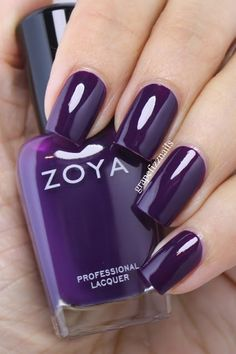 Zoya Lidia,  Focus Fall Collection 2015 grape fizz nails