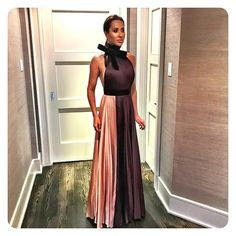 "2,433 mentions J'aime, 114 commentaires - Jessica Mulroney (@jessicamulroney) sur Instagram : ""Getting all dolled up #ootn"""