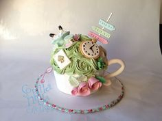 Alice In Wonderland Giant Cupcake