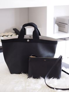 Pin by I. S. on Accessorise Black Handbags, Purses And Handbags, Leather Handbags, Leather Bag, Accessorize Bags, Herve, Big Bags, Everyday Bag, Evening Bags