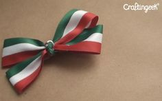 Craftingeek* Diy Accessories, Crafts, Double Buns, Creativity, Manualidades, White People, Green, Handmade Crafts, Craft