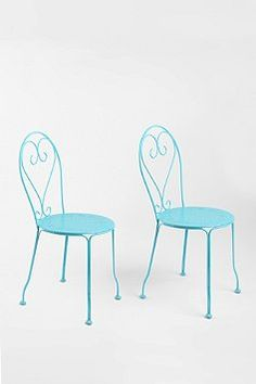 Would love some old wrought iron chairs sprayed a bright colour for a spot on the deck somewhere!