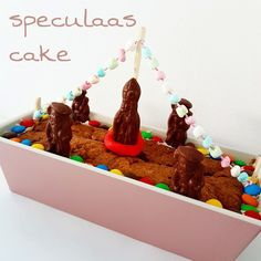 speculaas-cake met noten en wortel Saint Nicolas, Diy Crafts To Do, Sweet Pie, Work Party, Cooking With Kids, High Tea, Holiday Crafts, Kids Meals, Cupcake Cakes