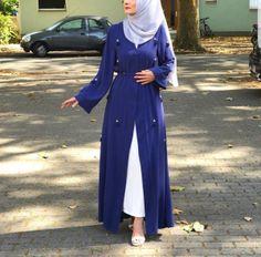 Modest Fashion Hijab, Modern Hijab Fashion, Abaya Fashion, Muslim Fashion, Fashion Outfits, Nice Outfits, Women's Fashion, Blue Abaya, Modern Abaya
