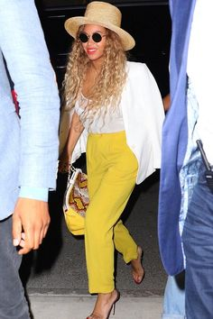 Beyonce Knowles wearing Lack of Color Tuscany Hat, Oliver Peoples The Row After Midnight Sunglasses and Dee Ocleppo Python Tote