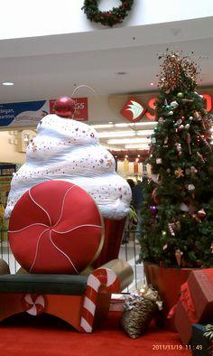 Santa's chair in Eagle Rock