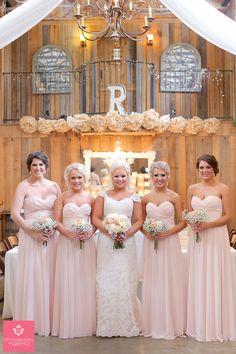 Southern Country Barn Wedding Bridesmaids Shot Ideas - Photography by Gema - Texas Venue, Stone Oak Ranch