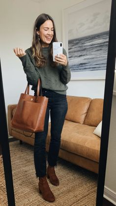 43 Newest Winter Outfit Ideas With Sweater - Winter Outfits for Work Young Fashion, Look Fashion, Fashion Outfits, Fall Winter Outfits, Autumn Winter Fashion, Flannel Fashion, Casual Outfits, Cute Outfits, Cold Weather Fashion