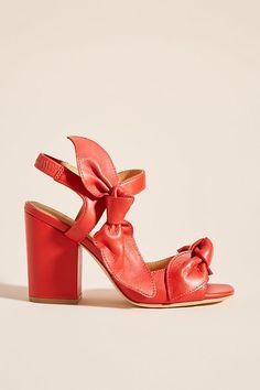 #anthropologie Bill Blass Carmen Bow Heels #highheels #bows