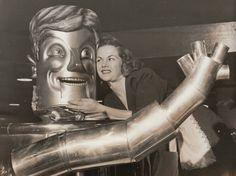 kts63:  Charlie the Tin Can spokesrobot Original Press Photograph, 1950. - He looks like JFK.