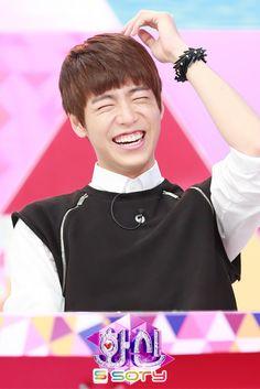 Hyunwoo.. He's soooo adorable!!! ^^
