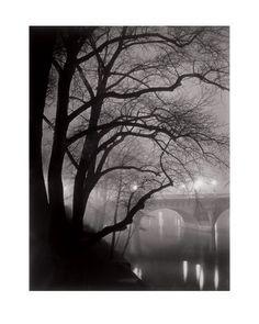 Le Pont Neuf, Paris c.1932  Brassai