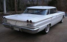 Wraparound Flattop: 1960 Pontiac Ventura Vintage Cars, Antique Cars, Pontiac Ventura, Pontiac Catalina, Pontiac Cars, American Auto, Pontiac Bonneville, Old School Cars, Sweet Cars