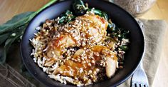 <p>Try this healthier take on a classic takeout dish next time you're craving Chinese!</p> #chicken #recipe #healthy http://greatist.com/eat/recipes/sesame-chicken-bowl