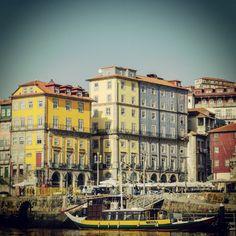 A Ribeira, Porto #Portugal  #travel #Oporto #urlaub #turismo