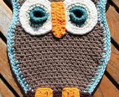 [Free Pattern] Fantastic Owl Potholder For Your Kitchen!