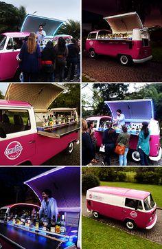 Coffee Carts, Little's Coffee, Volkswagen Bus, Vw T1, Kombi Food Truck, Food Trucks, Crepes, Foodtrucks Ideas, Kombi Trailer