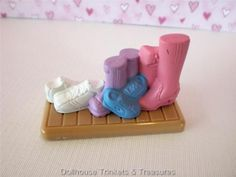 Fisher Price Loving Family Dollhouse KITCHEN Shoe & Boots Brown Mat