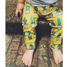organic leggings in mustard + cactus