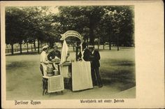 Ansichtskarte / Postkarte Berlin Mitte, Berliner Typen, Wurstfabrik mit elektrischem Betrieb, Verkaufsstand