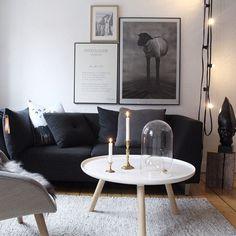 gris, noir et blanc, les éléments sont disposés en toute simplicité tout en créant un effet design.