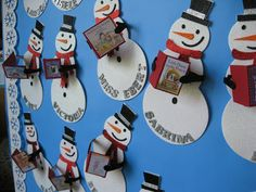 Kleinspiration: Holiday Door Decorations for Classrooms!