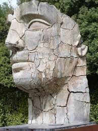 Znalezione obrazy dla zapytania rzeźby mitoraja