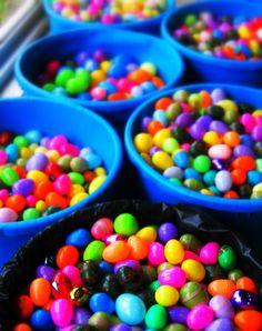 10,000 Easter Eggs