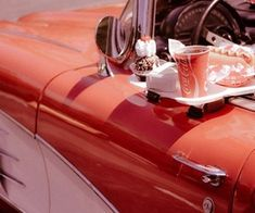 Discovered by blue moon. Find images and videos about vintage, red and retro on We Heart It - the app to get lost in what you love. 1950s Aesthetic, Red Aesthetic, Aesthetic Vintage, Soft Grunge, Vintage Cars, Retro Vintage, Vintage Food, Vintage Vibes, Indie