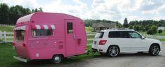 On the road ! Fêtes en Boîtes vintage caravan ! La caravane Fêtes en Boîtes qui part pour une nouvelle aventure !