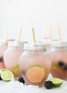 Blackberry Margarita Party Punch Recipe/ Punch Recipes / Margarita Recipes / Cocktail Recipes / Summer Cocktails / Outdoor Entertaining / Summer Party Ideas